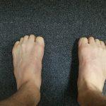 エクササイズ:足で拳作り(横アーチ作り)